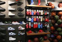 La Boutique www.basket-bordeaux.fr / Découvrez les coulisses de votre shop basket-bordeaux.fr #bordeaux #basketball