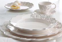 Porcelán a stolovanie