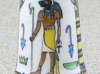 HEINZ SCHNEIDER ÄGEPYPTEN & PHARAO FINGERHUT / 24 DEDALES PINTADOS A MANO POR HEINZ SCHNEIDER