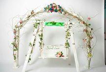 Wedding swing / Leaganul din lemn impreuna cu salcia creata si minunatele floricele formeaza un cadru de basm atat pentru nuntile indoor cat si pentru cele outdoor.