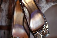 SHOES! / by Mariana Meirelles