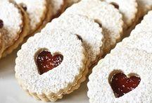 Recetas de San Valentín / Te presentamos una selección de recetas especialmente pensadas para celebrar el Día de San Valentín. Entra y descubre un conjunto de ideas dulces y deliciosas para regalar y sorprender a la persona que más quieres. ¡Feliz San Valentín!