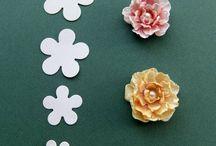 цветы избумаги