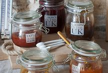 Homemade Preserving Accessories / One of the things we love about Autumn is the abundance of wild foods in the hedgerows. Making homemade jam is so rewarding and uses a minimum of preserving accessories.