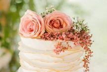Tårtor med blommor
