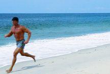 Beach Running / The benefits, challenges and joy of running on the beach and in the heat. #BeachRunning #SummerRunning #SummerRun
