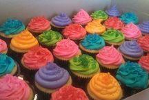 My cupcake creations / by Heather Dzioba