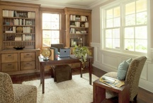 Traditional Office Space / Traditional furniture pieces to help recreate this lovely home office