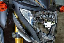 Naked Honda Sport Bikes / Motorcycles / Naked / Street Fighter style Motorcycles : Honda CB300F / CB1000R
