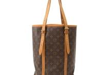 Handbags & Purses / by Julie Cryer-Newburn