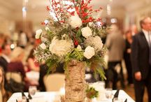 Centerpiece Ideas / Centerpieces put the finishing touches on tables at all sorts of events! Whether you're looking for wedding, special event or holiday centerpieces, Palmer can create what you need.