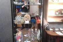 de vitrinekast aan huis / virtinekasten  in werkkamer