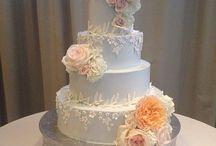 Girlie Cakes / Girlie Wedding Cakes