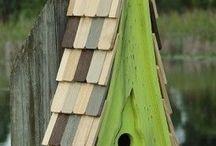 birdhouse/feeders