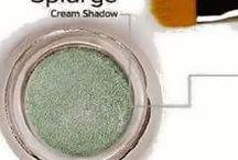 Younique Splurge Cream Eye Shadow / by Pam Beane Tappan