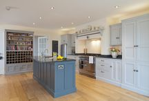 Heart of the Home / The owners of this newly-built Georgian inspired house wanted a kitchen that would be the heart of the home. This was achieved with a central island that created social and informal eating areas, and a large farmhouse table for family meals and formal dining.