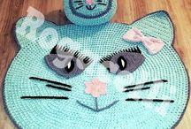 cat carpet crochet & pouf