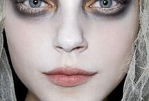 Halloween ghost make up