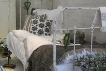 letti divani in ferro battuto vintage