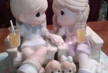 Precious Moments / Precious Moments Figurines
