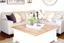 Living Room Decor / Sofas, coffee table, side table, rugs, or art, any and all things for the living room in big or small homes.