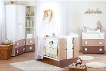 Modern baby's room in MADERNA / Zariaďujete izbičku pre Váš poklad? Jemný odtieň Latte nábytku od Klups bude to pravé.