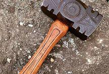 Молоты и дробящее оружие