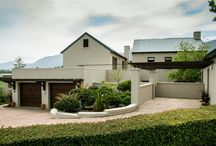 Sole Mandate: Soeteweide Estate – Blanco / Soeteweide Estate – Blanco A substantial home, 3 Bedrooms, all en-suite. Lounge, family & dining room Open-plan kitchen, scullery & laundry. Double garage & Stylish Guest cottage Asking price R3 750 000 Call:  Ronél  - 083 627 6806