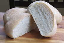 Breadmaking Recipes / Yeast and quick breads, of the savory kind.