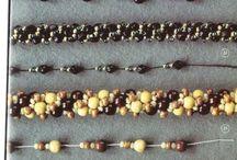 Collar perlas blancas y verdes