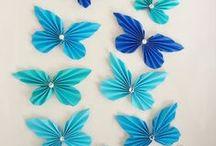 Hajtogatott papír pillangók