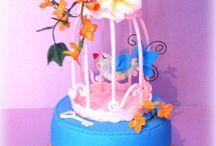 Cake bird cage
