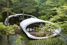 Homes of the future, or unusual living places / Some people live on the water, on top of mountains or underground.