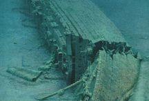 Shipwrecks / by Rob Carter