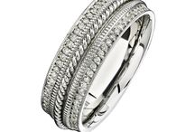 Men's Wedding Band Collection / Malak Jewelers, The Diamond Specialists carries a large variety of high-end jewelery lines, in addition to custom design. Here are a few pieces from the designers we carry for men's wedding bands.  We have a variety  to choose from including traditional gold, platinum or stylish stainless steel, tungsten, and titanium bands with/without diamonds!