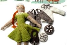 KnITTed ToYS / I love knitted toys. Heck, I love hand-made things! A kid at heart all the time.