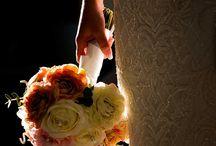 Wedding flowers ideas / Collection of wedding floral images by Elliot Nichol Photography (www.elliotnichol.com) incuding bouquet, wedding ceremony setups and details, wedding reception setups.