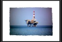 Exciting Oil Rig Jobs Await You - Insane Amounts of Money and Incredible Education Opportunities / Oil rig jobs offshore and onshore - tips & advice. You'll get to travel and learn new job skills, and this field is OPEN to men and women.    As a reporter, I cover North Dakota oil rig jobs, Texas oil rig jobs and offshore oil rig jobs.   Newsletter contains video tutorials & instruction (clothing, equipment, monetary concerns).