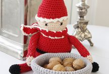 virkad julgubbe med skål