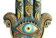 Hamsa eyes