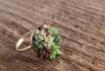 I Covet: Accessories  / Baubles and gems and cute, pretty things. / by Teri Smith
