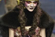 Make up John Galliano