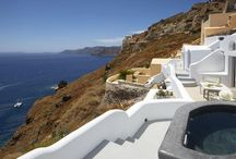 Villa Horizon #Santorini #Greece #Island / Villa Horizon is located right at the entrance of one of the world's heritage sites: Oia. It provides a romantic hideaway as it offers absolute privacy and serenity in Santorini, the most dramatic and breathtaking of all the Greek islands. http://www.mygreek-villa.com/rent-villa-search/villa-horizon