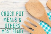 Recipes & Snacks for Busy Teachers / Easy snack and lunch ideas for teachers | Dinner recipes for teachers | Crockpot recipes | Smoothies | Teacher food ideas | Food prep for teachers
