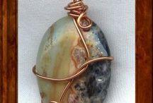 alambre colgantes piedras