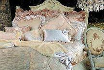 Beddings & Pillows