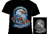 Printed T-Shirts / Whether it's a lone wolf howling at the moon, a whole pack with dangerous bared fangs or an eagle flying in the sky. These proud animals just look great on our intense color printed T-Shirts. Of course, the designs are not limited to the mentioned animals. A vast selection of various Biker, Indian and Tribal Prints awaits you in this category. Come in and explore...