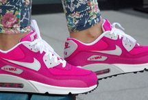 Nike Air Max 90 2007 (GS) 345017-600 'Vivid Pink'