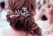 Hairdos / by Michelle Villalobos