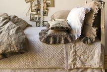 Bedroom Beauty / by Debbie Booth